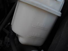 C-2(サブタンク内部に全く冷却水が入っていません).JPG